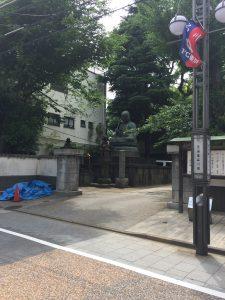旧・東海道の古刹。「ほんせんじ」と読む。